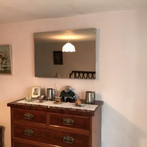 Efficient bedroom heating with LAVA Mirror 500W